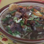 semangkuk bubur sop ayam cirebon