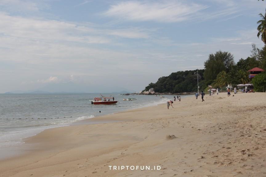 wisata pantai batu ferringhi