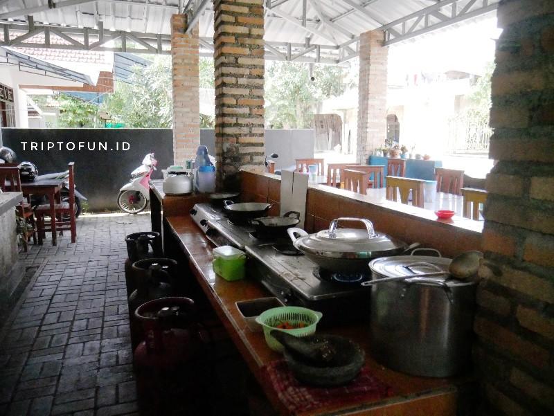 dapur rumah makan sari gangan